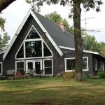 Canoe Bay - Building with Library