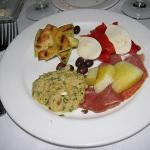 An appitzer plate had a bit of everything.  Fresh and delicious!