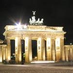 Brandenburg Gate (Brandenburger Tor)