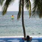 Catalina Beach Resort resmi