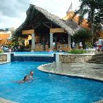 Main Swimming Pool and Flamingo Restaurant (capellas)