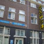Hans Brinker Budget Hotel