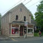  Hallets Store and museum