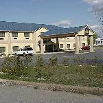 صورة فوتوغرافية لـ ‪BEST WESTERN Lake Hartwell Inn & Suites‬