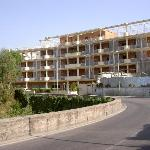 Hotel from coast road to Sorrento, July 2003