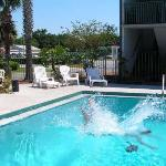 Foto Super 8 Kissimmee Suites