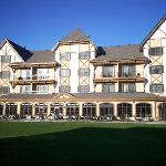 Mountain Grand Lodge & Spa at Boyne Mountain