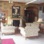 Lakeway Hotel: A Bed & Breakfast Inn