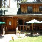 Eagle's Nest Bed and Breakfast Lodge resmi