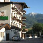 Photo de Hotel Pirin