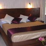  Beachfront bure kingsize bed!
