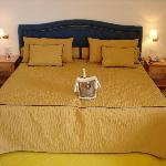 The Luxury & Comfort Kingsize Bed