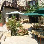  Amarakos courtyard