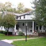 Φωτογραφία: Beechwood Manor Inn & Cottage