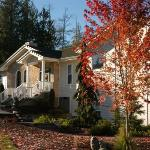 The Meadows Inn on a crisp Autumn day of Port Angeles area