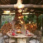  Thunder House - Outdoor Fireplace