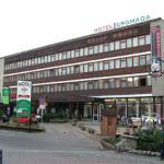  Front view of Hotel Gromada