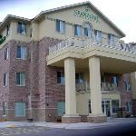 Photo de GrandStay Residential Suites Hotel La Crosse
