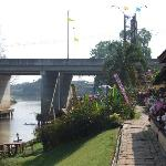 The Riverview Point Resort resmi