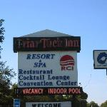 Friar Tuck Resort, Spa and Convention Centerの写真