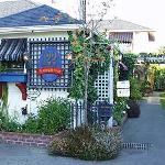 Photo of Heathergate House B&B Victoria