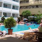 Photo de Sesin Hotel