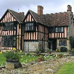 Wickhamford Manor