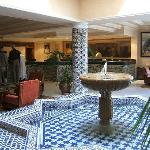  Hotel LeDawliz Lobby