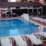 Photo of Peyda Aqua Apartments Altinkum