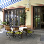 outside dining terrace