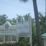 Plantation Village Beach Resort resmi