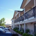Photo de BEST WESTERN PLUS Cedar Inn & Suites