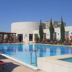  amman sheraton swimming pool