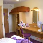 Photo de Premier Inn Manchester - Denton