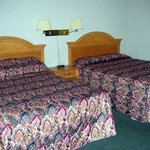  Room with 2 queen beds: very clean