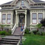 Φωτογραφία: Abigail's Elegant Victorian Mansion - Historic Lodging Accommodations