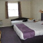 Photo de Premier Inn Falkirk East