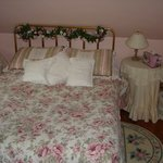 Cozy Rosy room