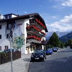 Photo de Hotel Zugspitze
