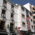  Hotel El Tajo - Front view
