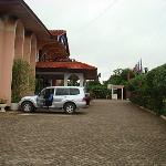 Parking at Royal Park Hotel - Ahodwo in Kumasi, July 2007