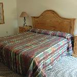  Bed area, room 171, Rock Creek Resort