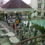 Photo de Hotel Mega Anggrek