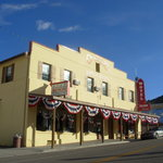 Overland Hotel & Saloon