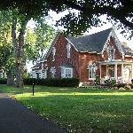 ‪Brick House Bed & Breakfast‬