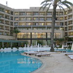The Grecian Park Hotel and Pool