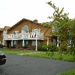 Overlook Park B&B - Front View