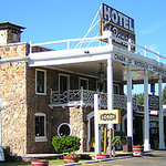 El Rancho Hotel & Motel