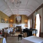 dining room - admiralty lodge