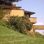 Approaching Frank Lloyd Wright's home